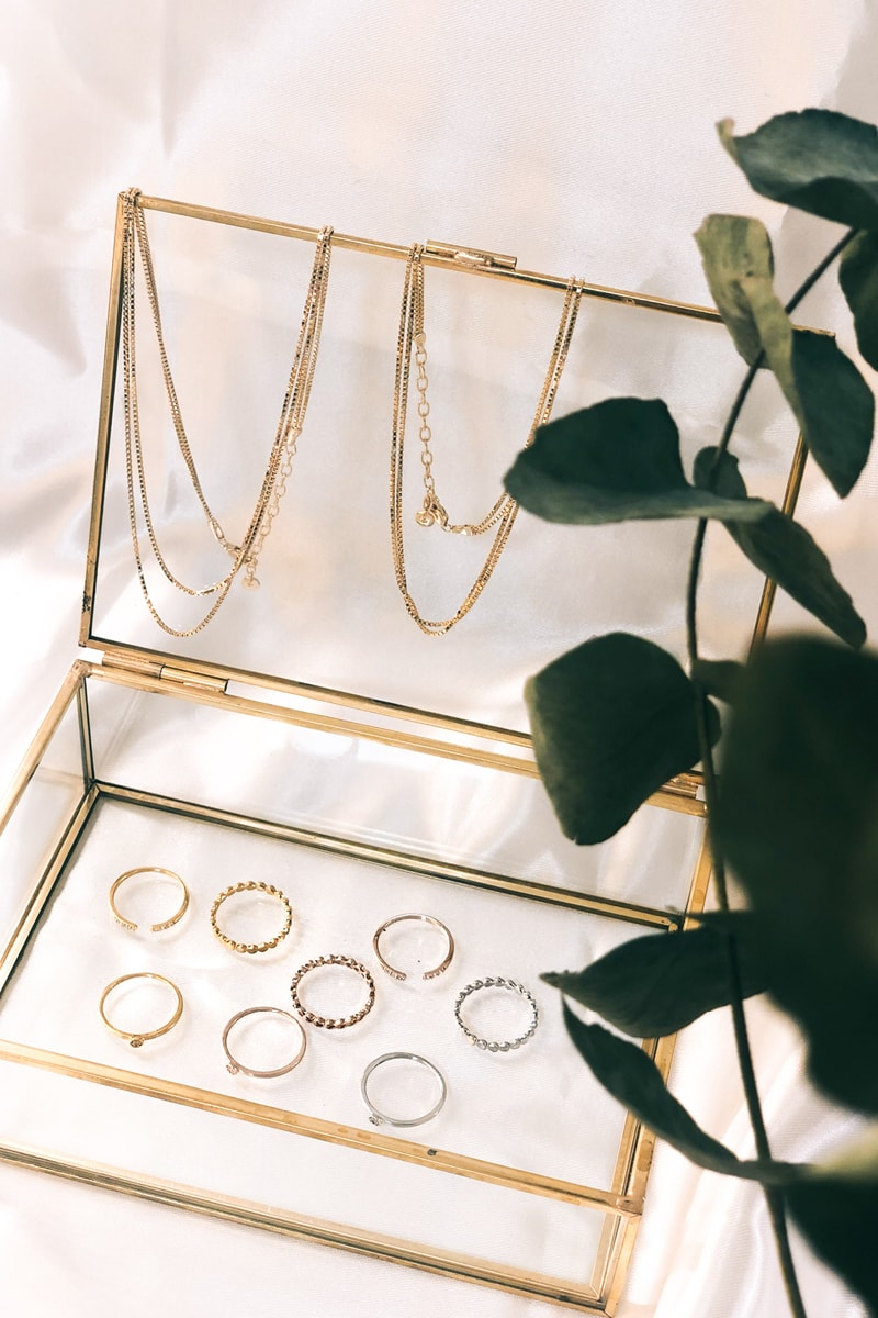 Schatulle mit Ringen von Großhandel für Schmuck